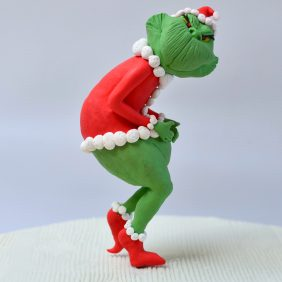 The Grinch cake topper